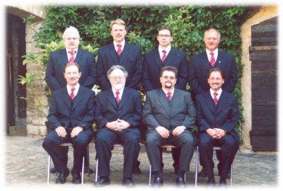 Der Vorstand des Gesangvereins Hangen-Weisheim im Jahr 2004