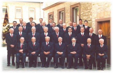 """Der Gesangverein """"Sängerkranz"""" Hangen-Weisheim im Jubiläumsjahr 2004"""
